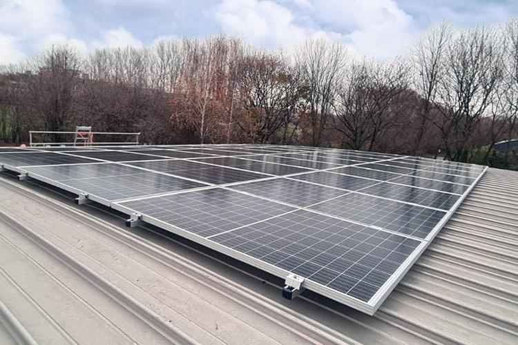 Solaranlage installiert - der TCW produziert eigenen Strom